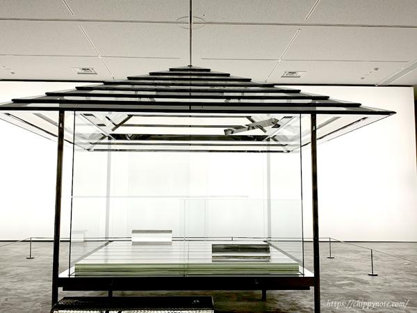 ガラスの茶室
